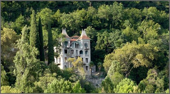 Замок принца Ольденбургского. Абхазия