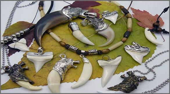 Ожерелье из зубов акулы