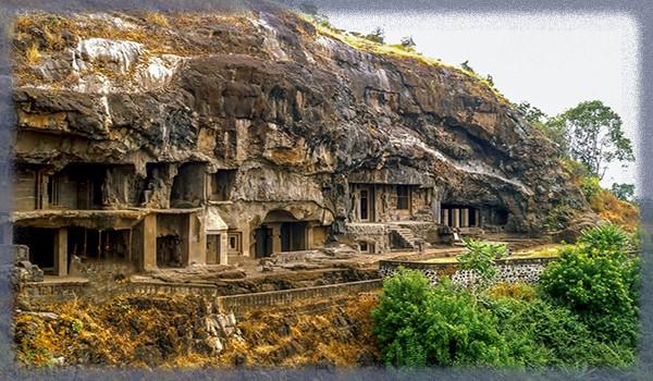 Знаменитые пещеры Аджанты